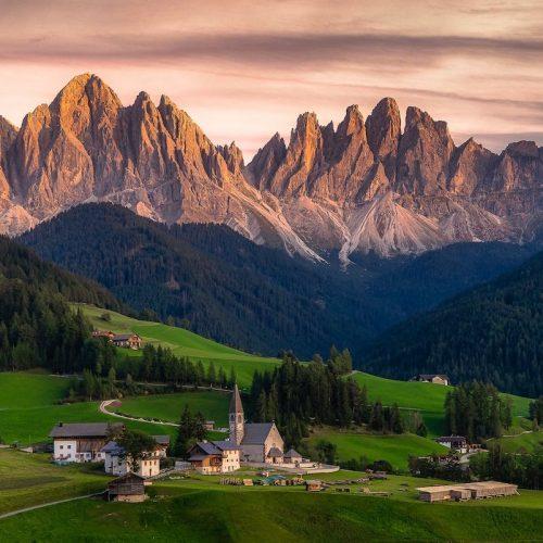 Rasori Expeditions - Dolomites Hiking Tour